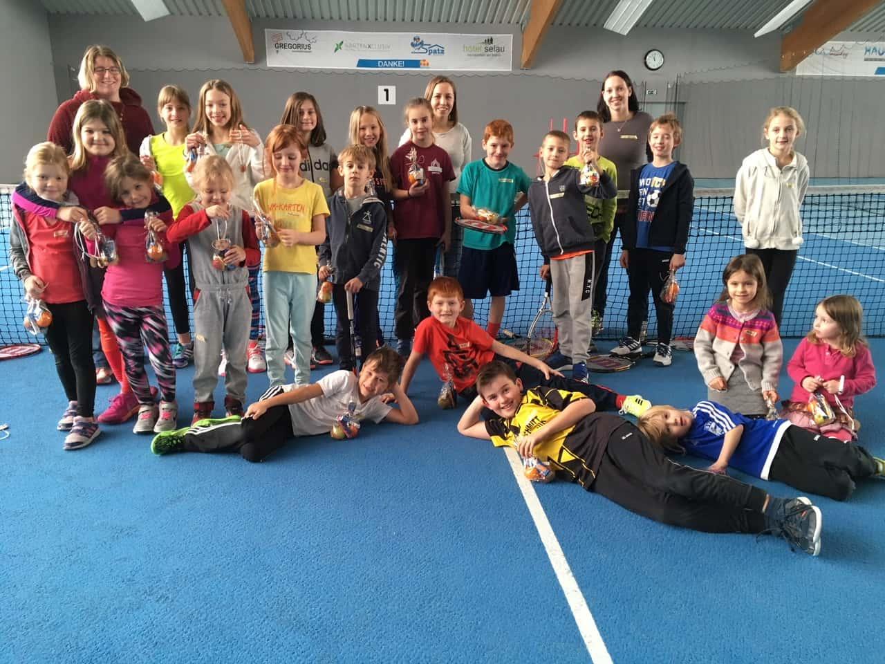 Weihnachtsspiele Weihnachtsfeier.Weihnachtsfeier Der Tcn Kinder Tcn Tennisclub Neunkirchen Am